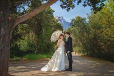 Свадебная фотосессия в Крыму, символическая церемония арка для регистрации Крым